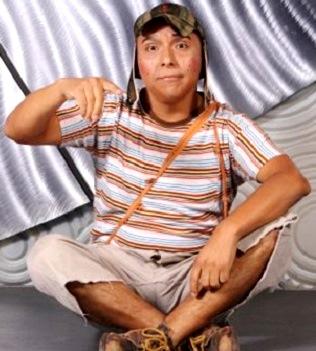 Foto de Edwin Sierra personificando al Chavo del Ocho