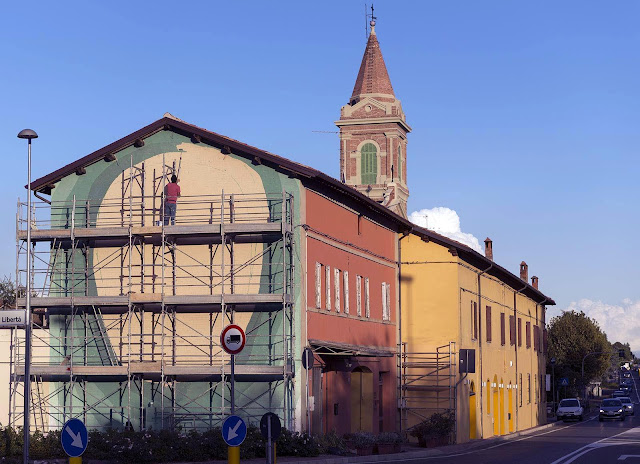 Street Art Mural By Tellas In Dozza For The Biennale del muro dipinto 2013. 2