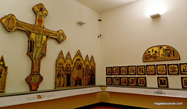 Peças sacras do Século 13, na Galleria dell'Accademia, Florença