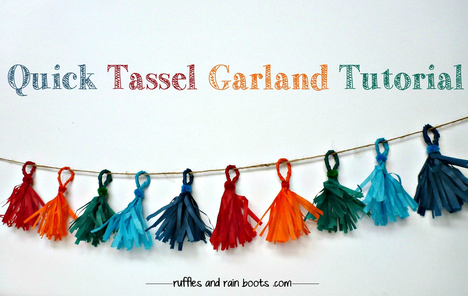 travel-display-garland