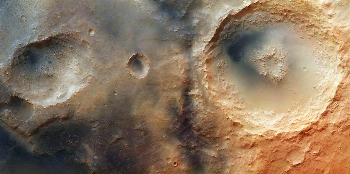 is an expanse of dandy geological involvement nigh the giant Isidis touching on basin Mineralogical Diversity inwards Nili Fossae on Mars