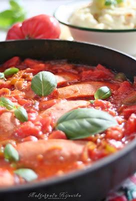serdelki, parówki w sosie, sos ze świeżych pomidorów, sos paprykowy, obiad, daylicooking