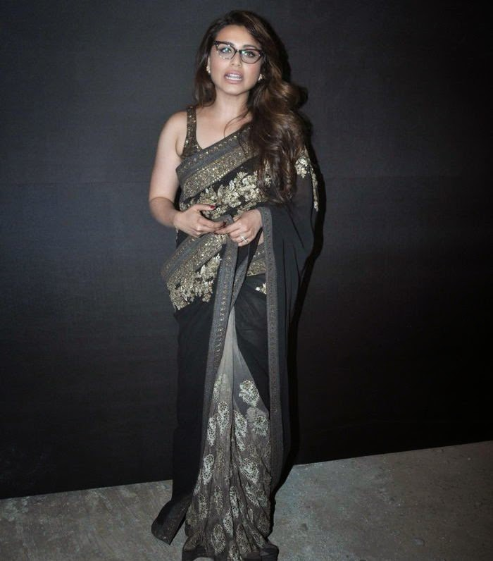 Hindi Actress Rani Mukherjee Photos In Black Saree