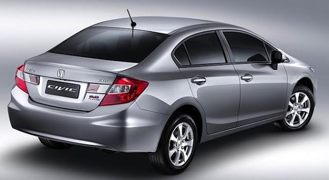 Honda Civic LXS detrás
