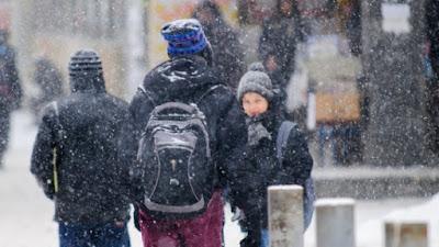 extrém hideg, extrém időjárás, figyelmeztetés, hófúvás, hóvihar, oktatás, Románia, Brassó