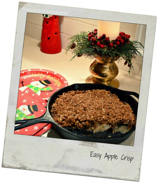 Easy Apple Crisp in a cast iron pan