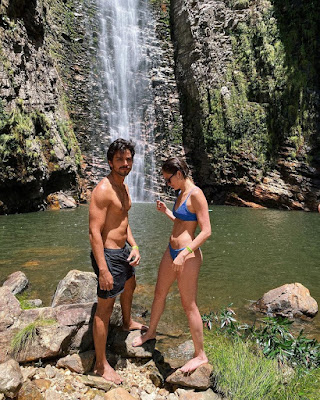 Rodrigo Simas e Agatha Moreira na Chapada dos Veadeiros — Foto: Reprodução/Instagram