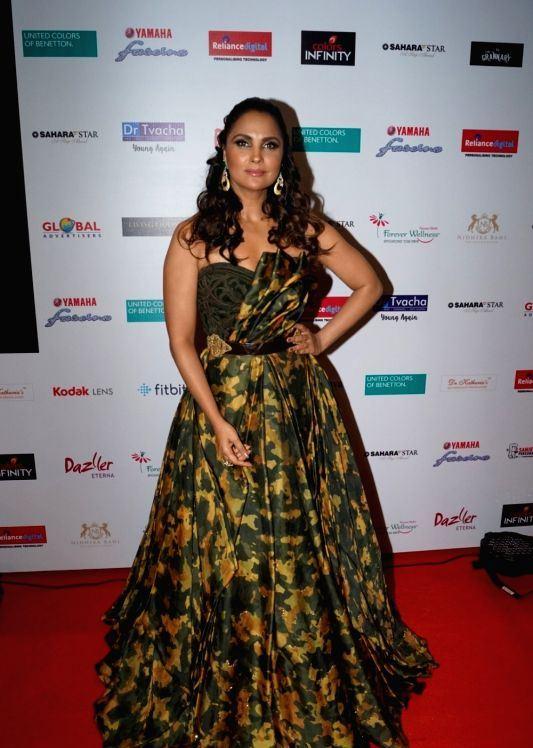Bollywood Actress Lara Dutta In Green At Miss Diva Grand Finale
