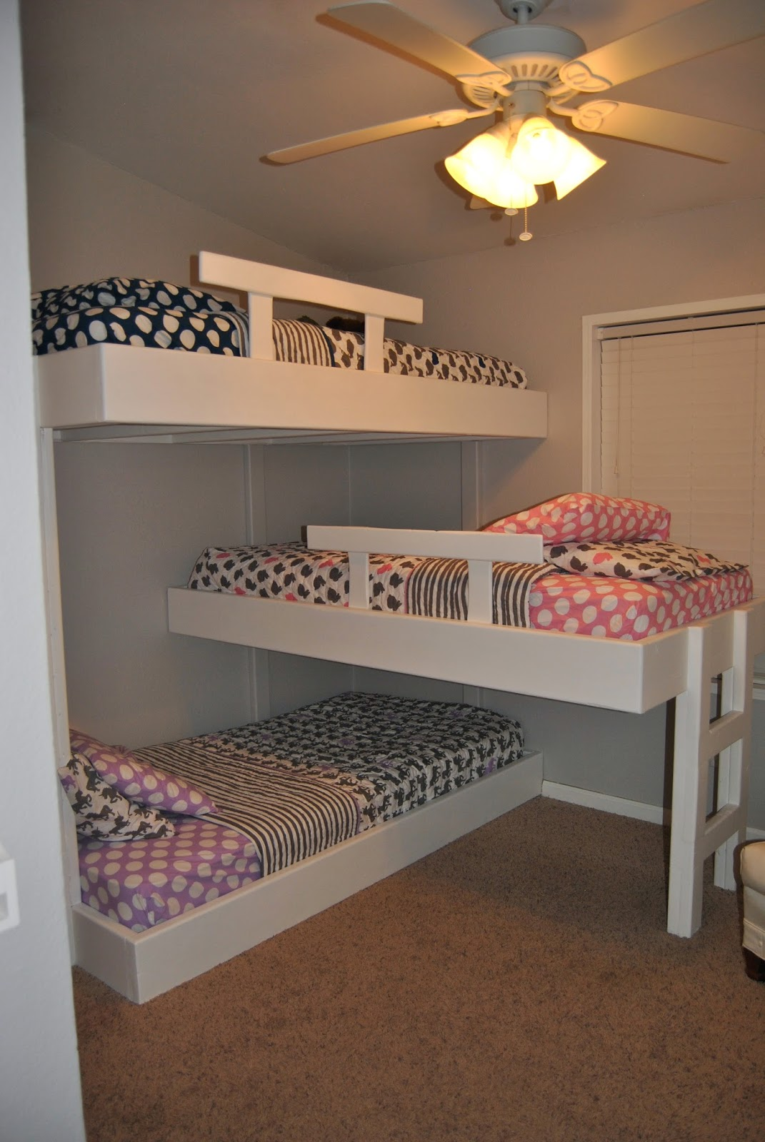 Design 3 People Room: Life With Mack, Macy & Molly : Triple Bunk Beds