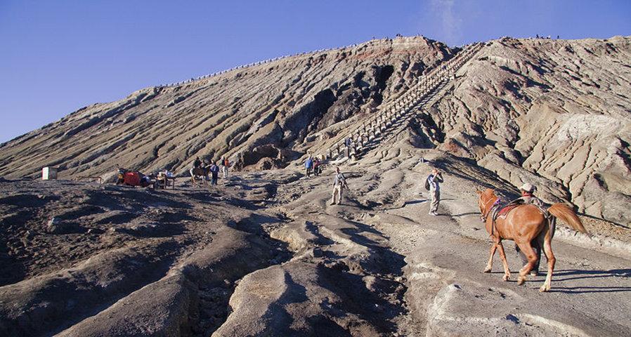 Paket Wisata ke Gunung Bromo