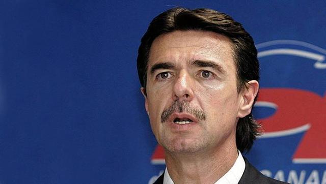 Soria renuncia tras el escándalo de sus empresas en paraísos fiscales