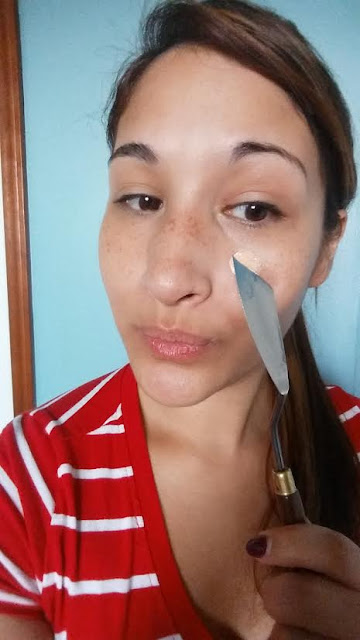 mommy makeup tutorial applying foundation