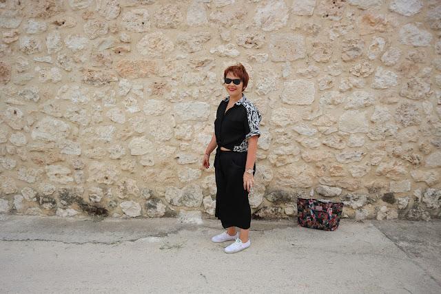 fashion blogger, bopo blogger, body positive, inbetweenie, inbtweenie, todos las tallas, todos los cuerpos, sonríe, smile, be happy