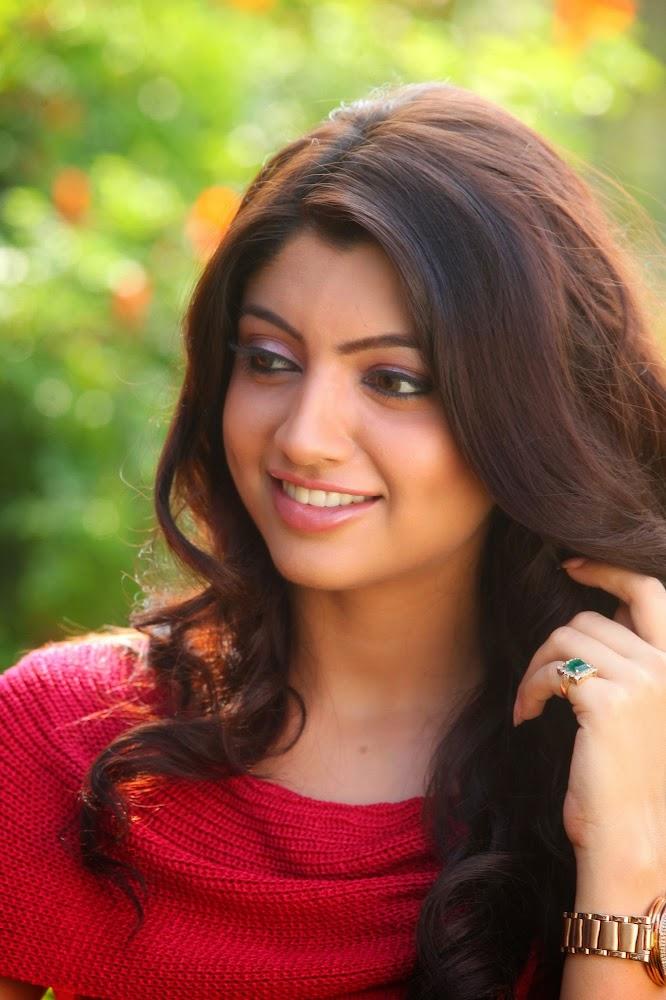 Hot sri lankan tamil teen exposes her delicious body - 1 8