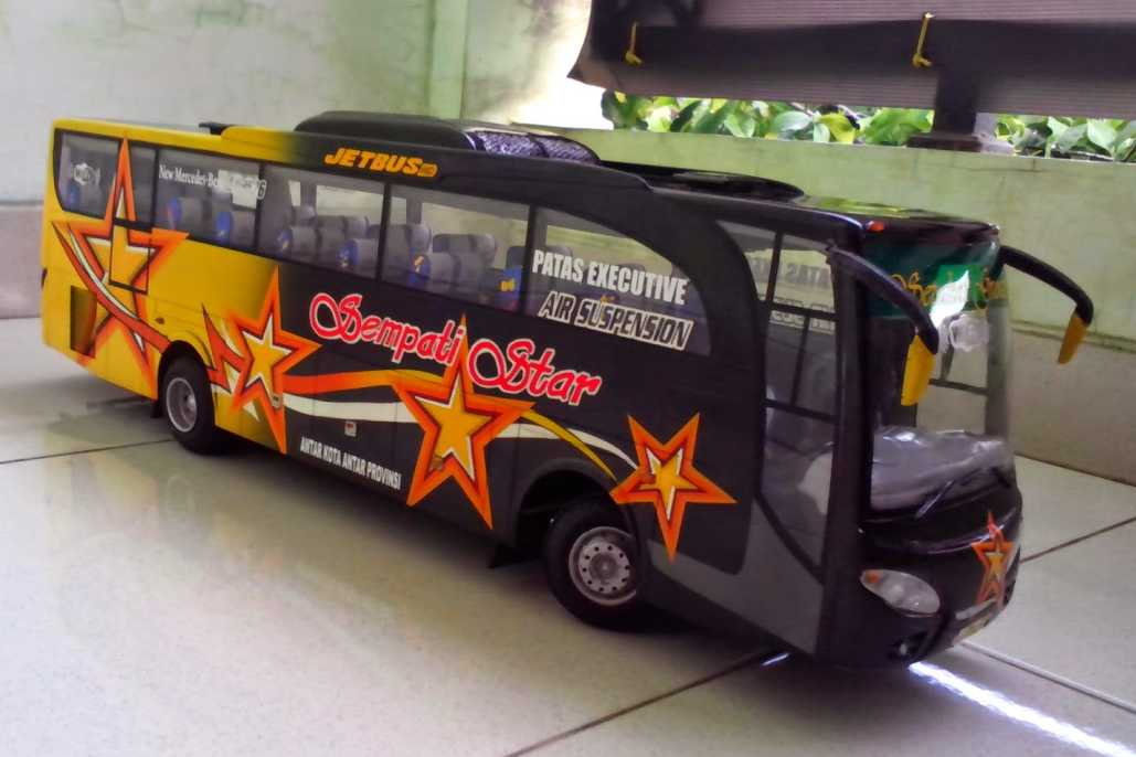 miniatur-bus-sempati-star