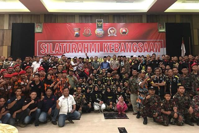 """Tolak """"People Power"""", Ratusan Anggota Ormas Dukung TNI Polri Amankan Pemilu"""