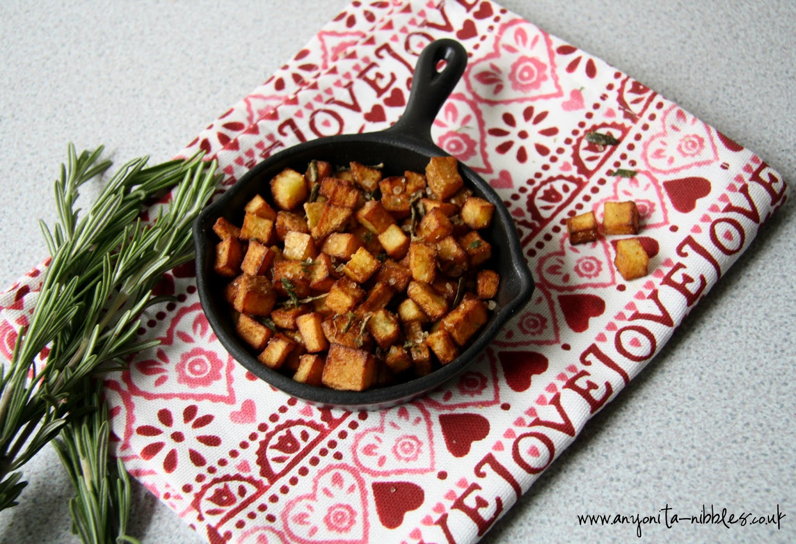 #rosemary with #mediterranean breakfast potatoes #glutenfree #vegan #vegetarian
