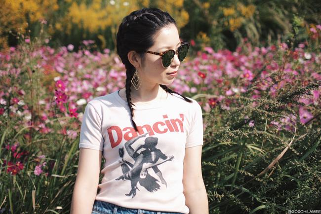 ファッションブロガー日本人,MizuhoK,今日のコーデ,古着柄Tシャツ,ZARAボンバージャケット,H&M切りっぱなしジーンズ,ZARAスタッズフラットサンダル,zeroUVミラーサングラス,Light in the boxポシェット、クールカジュアルコーデ