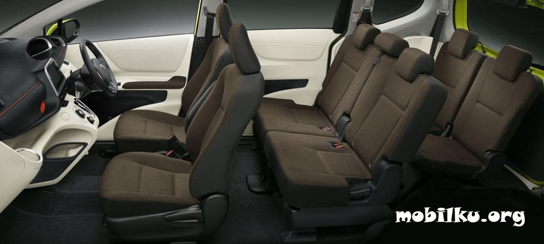 Spesifikasi Toyota Sienta Mpv Irit Dengan Konsumsi Bbm 20 6 Km 1