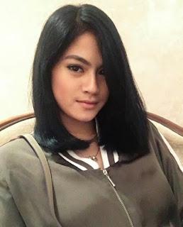Profil Hana Saraswati Lengkap