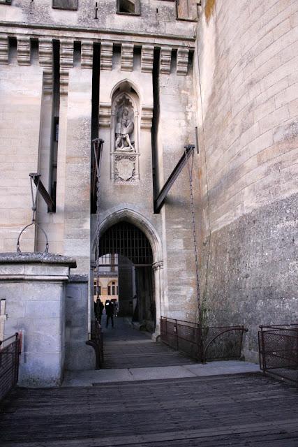 Château Pierrefonds monument historique le CMN monuments nationaux monuments en mouvement Viollet-le-Duc Moyen-Age