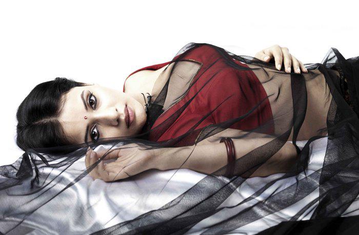 ACTRESS: Sulagna Panigrahi Aka Savithri Isai Movie Actress