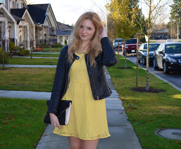 the urban umbrella style blog, vancouver style blog, vancouver style blogger, vancouver style bloggers, vancouver fashion blog, vancouver lifestyle blog, vancouver health blog, vancouver fitness blog, vancouver travel blog, canadian fashion blog, canadian style blog, canadian lifestyle blog, canadian health blog, canadian fitness blog, canadian travel blog, bree aylwin, best travel blogs, top vancouver fashion bloggers, top fashion blogs, best style blogs 2015, popular fashion blogs, top style blogs, top lifestyle blogs, top fitness blogs, top health blogs, top travel blogs bundled up for fall, how to dress for vancouver fall, what to wear in. Living in Vancouver, feminine fall style, minimal outfit, west coast style, vancouver blogger