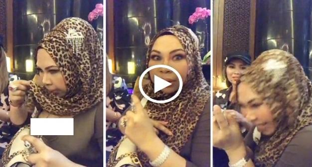 Datuk Vida Tak Sengaja Tertayang Dada Ketika Membuat Live Promosi Minyak Wangi