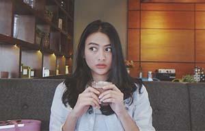 Valeria Stahl di Cafe