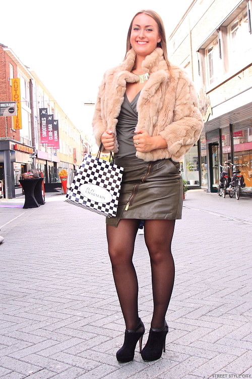 faux fur green leather miniskirt skirt street style fashion streetstyle hengelo woman girl sexy look outfit candid dutch hot boots beauty