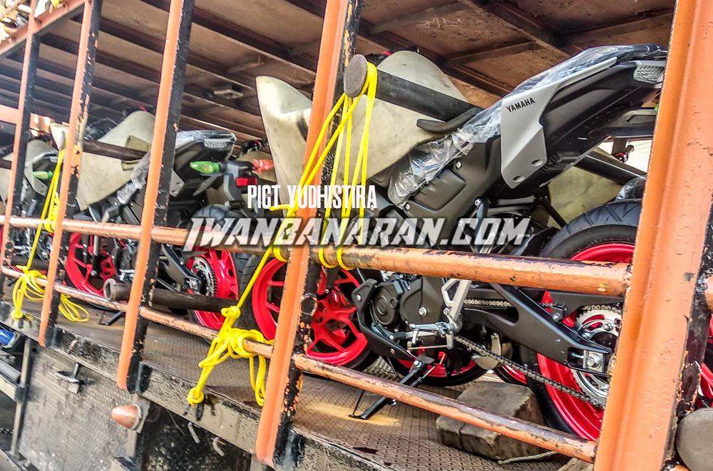 Termonitor sedang di distribusikan, Yamaha Indonesia akan rilis MT-15 tak lama lagi ?