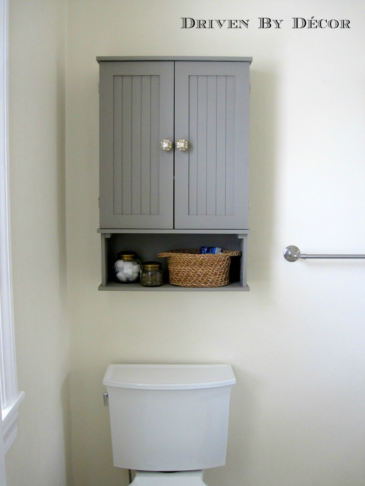 Awesome Annie Sloan Chalk Paint Bathroom Cabinet Makeover
