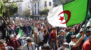 Algerians protesting against President Bouteflika