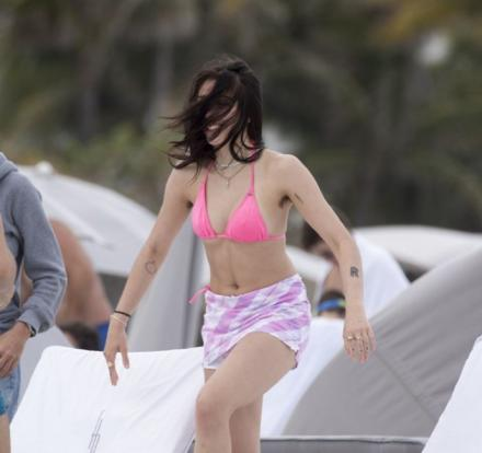 Bikini Body Of Madonna's Daughter Was Seen On These Photos But That Was Not The Only Thing That The Netizens Saw! Now She Is Being Bashed!