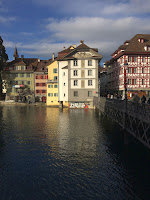 Reuss_Bridge_with_Balthasar_House_Sonnenberg_House_and_Zoepfli
