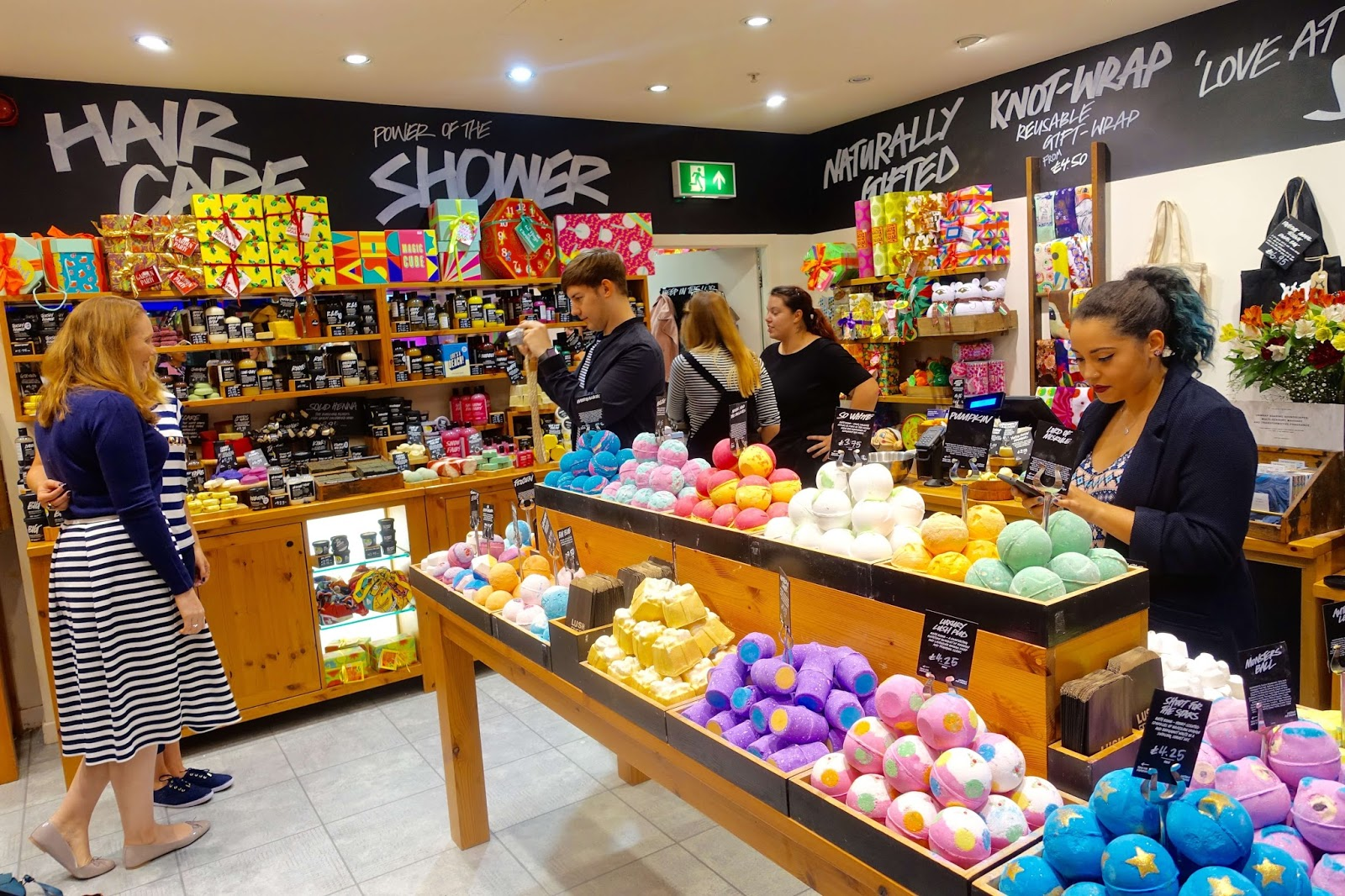 lush crawley christmas blogger event