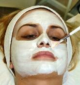 masker alami untuk mencerahkan wajah
