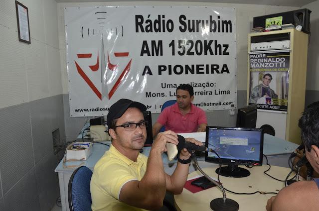 Resultado de imagem para foto do locutor de rádio Neto Arruda