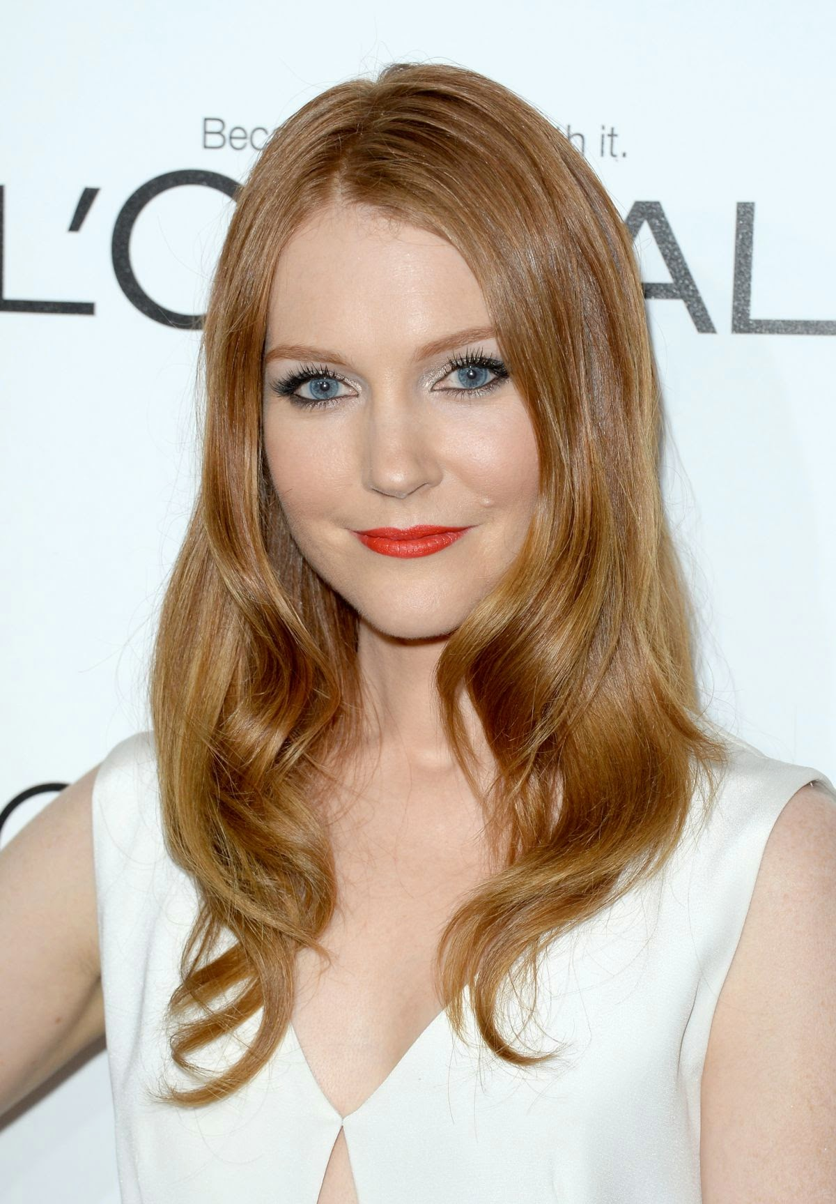 Darby Stanchfield Nude Photos 2