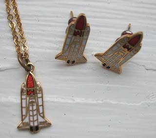 space rocket enamel jewellery set