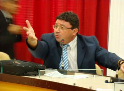 Zezão critica demissões de Garis da Prefeitura de Sobral