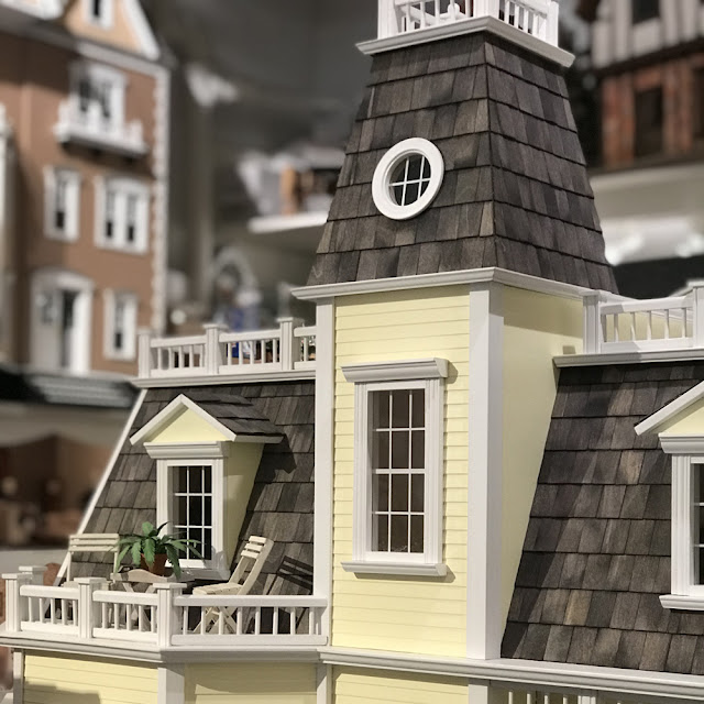 Tiny Doll House | A New York City Gem | Review by Linzer Lane Blog