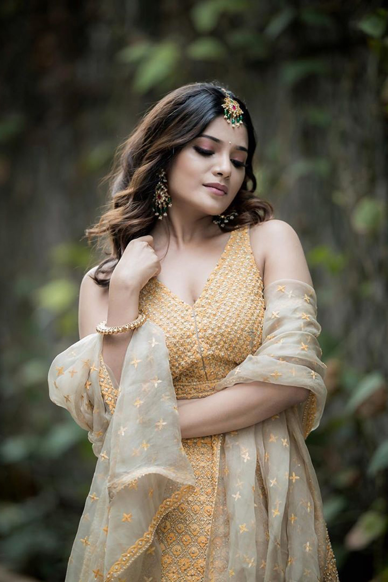 Meesaya Murukku Actress Aathmika Latest Cute HD Pictures