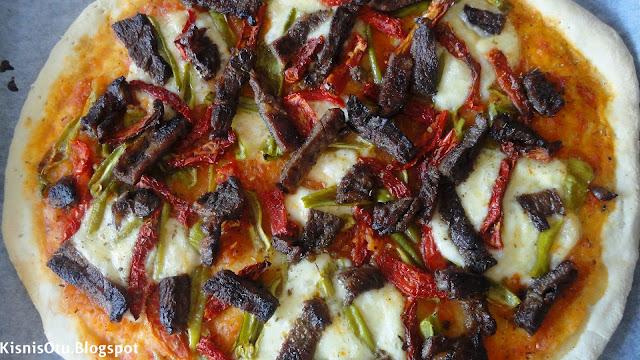 Pizza, Carnivora, Tarifi, Nefis, Lezzetli, İtalyan, Mutfağı, Kişniş Otu
