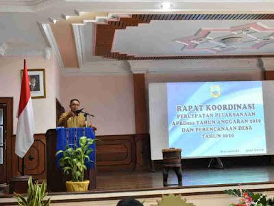 Petrus Fatlolon Instruksikan 19 Desa di Tanimbar Percepat APBDes Tahun Anggaran 2019
