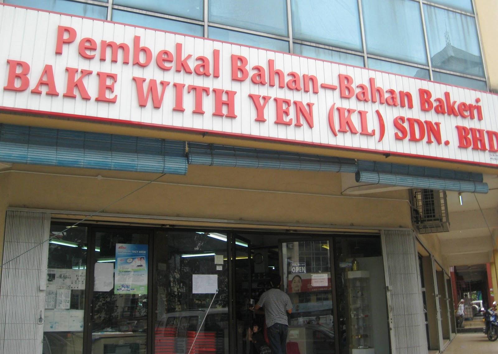 Di Puchong Ada Kedai Menjual Bahan Membuat Kek Dan Kuih Bernama Bake With Yen Jadi Semalam Tu Kita Kesah Saje Nak Kenal Yang Lain