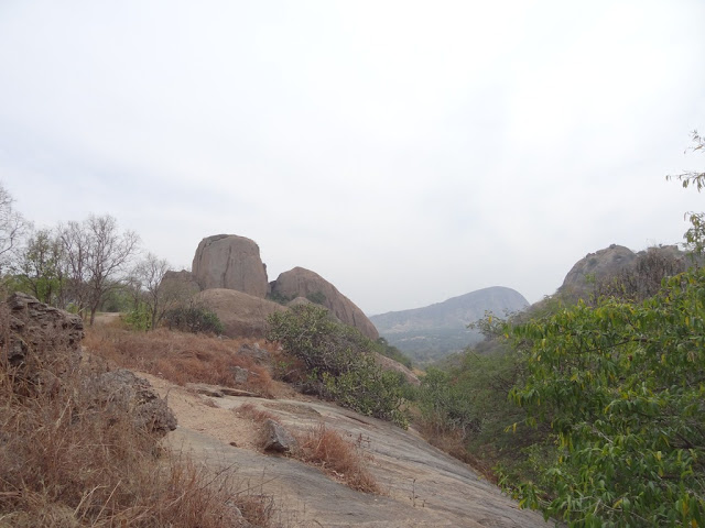 one day trekking near Bangalore -  Rocks of Ramadevarabetta - Sholay hills