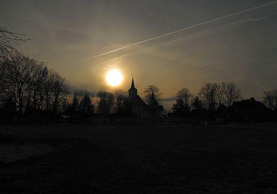 Zachód słońca nad bazyliką.