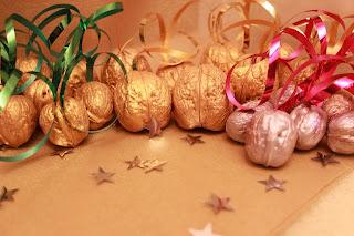 золотой, орех, орешки, орешки с предсказаниями, орешки с пожеланиями, магические орешки, magic nut, орехи с предсказаниями, оригинальный подарок, недорогой сувенир, новогодний подарок, Новый Год, новогодний сувенир, новый год 2016, свадебные аксессуары, для свадьбы, любимой
