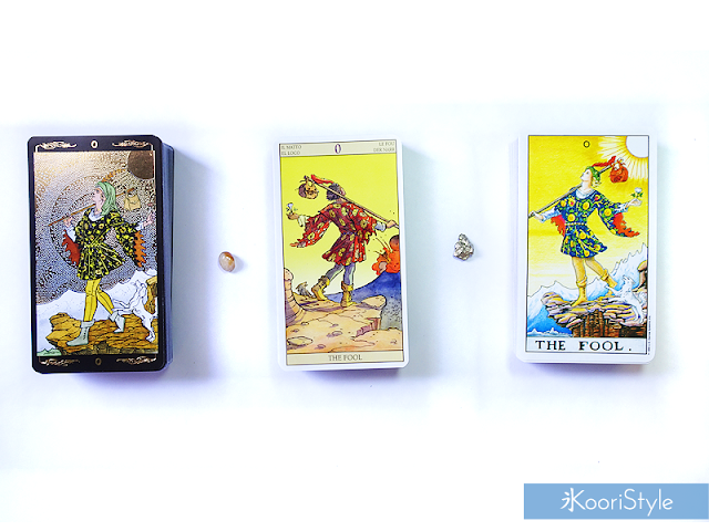 Koori Style, KooriStyle, Tarot, Deck, Decks, Collection, Cards, Illustrations, LWB, Booklet, Occult, Spiritual, Oracle, Mystical, Cartas, Baraja, Mazo, Colección, Ilustración, Spanish, Español, English, CC, Sub, Universal, Rider, Waite, Pamela, Colman, Games Systems, Lo Scarabeo, New Vision, Golden Universal Tarot, Gold, Golden, First Impression, Review, Opening, Box